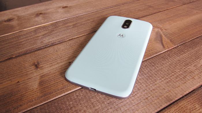 スマホをMOTOROLA の「Moto G4 Plus」に変更した
